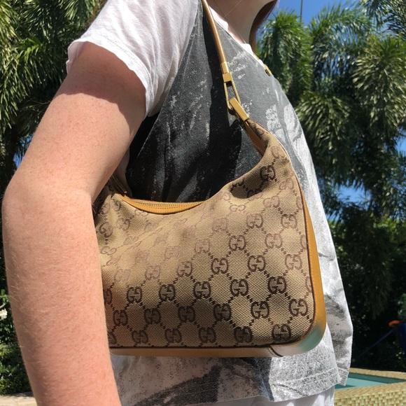 4a9c4e8dbac9e GUCCI vintage shoulder bag